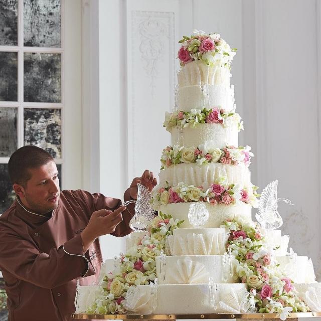 Торты рената агзамова фото свадебные